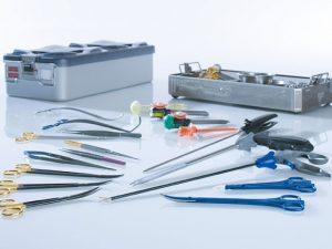 Instrumente & Nahtmaterial